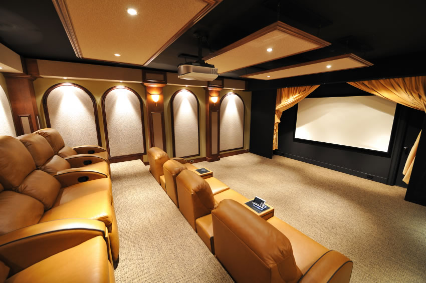 Home Movie Theater 850 x 565