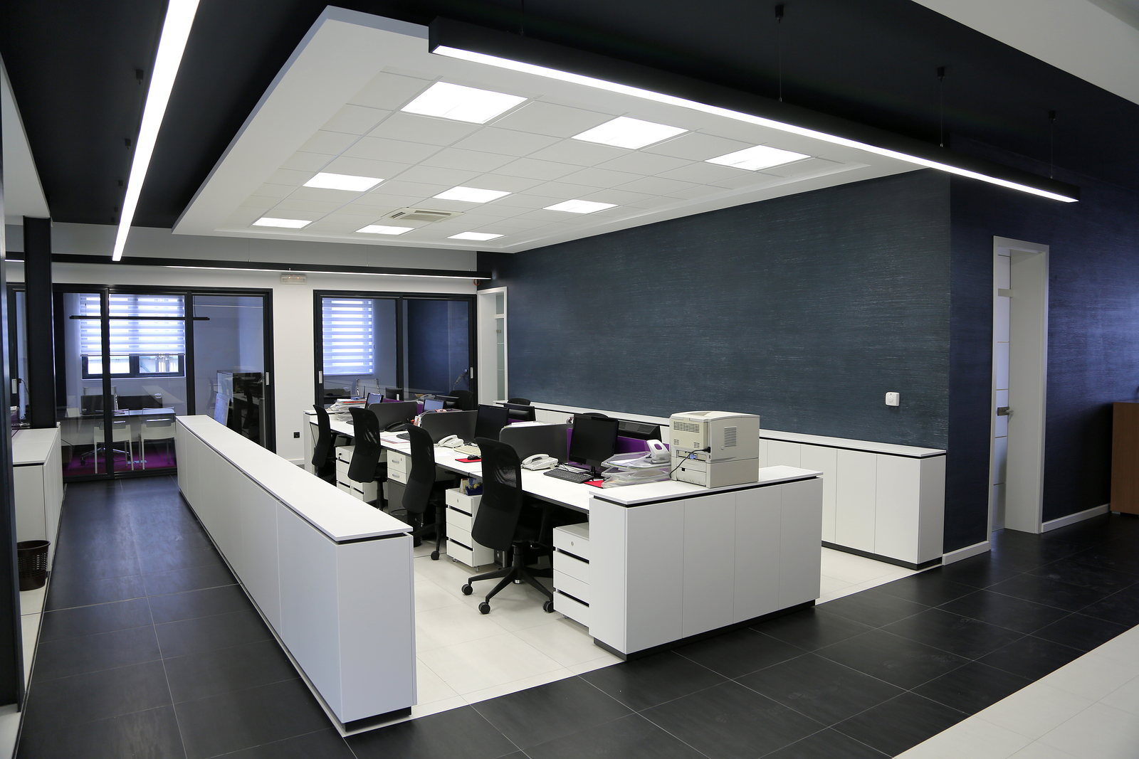 Ordinaire You May Know That A Good Office Interior Design Can Increase The  Productivity Of The Staff But You May Not Know That It Also Affect Sales.