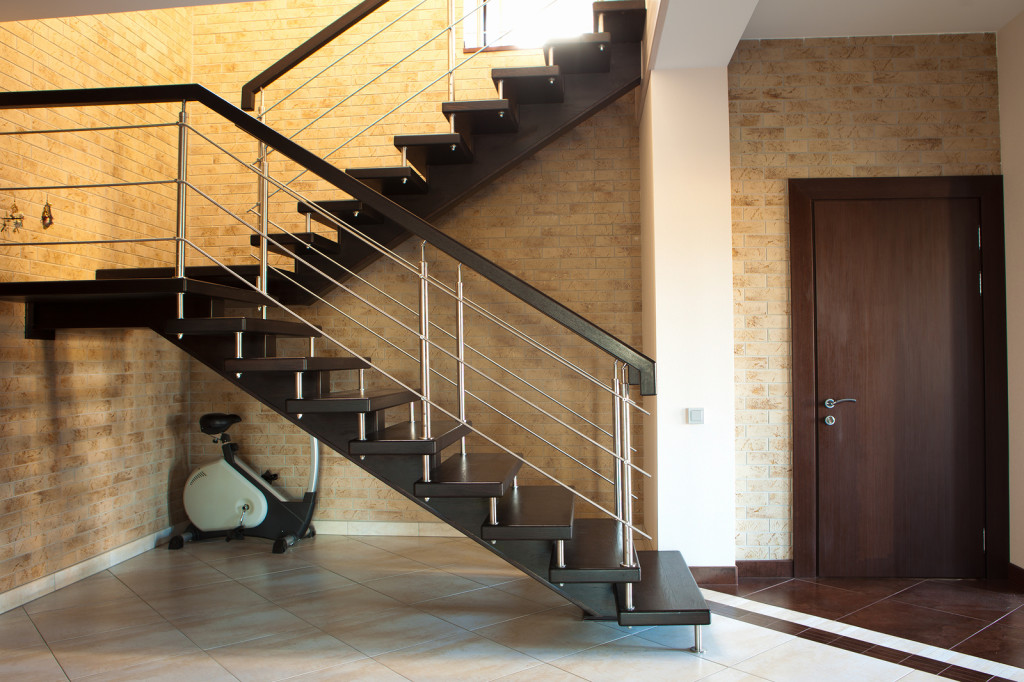 staircase-storage